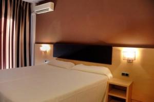 habitaciones-hotelcaliforniagarden